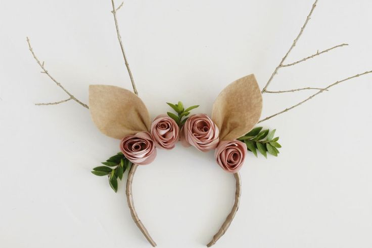 female reindeer costume headpiece with flowers and horns (5)