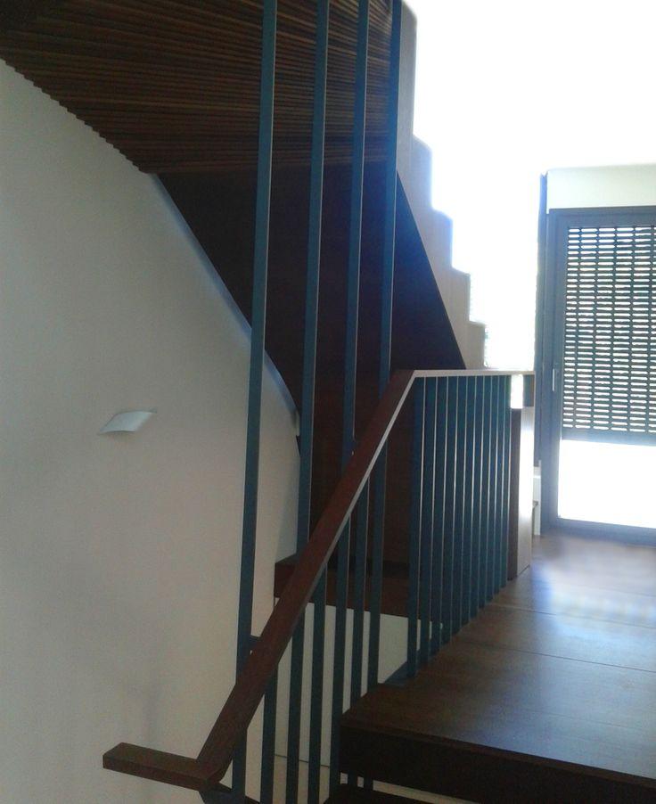 escalera madera www.polosequerosarquitectos.com