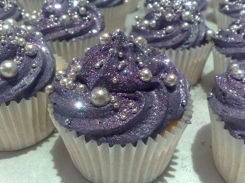 the prettiest sparkliest cupcakes ever!: Edible Glitter, Theme Parties, Wedding Cupcake, Purple Cupcake, Bridal Shower, Silver Wedding, Parties Cupcake, Pearls Cupcake, Glitter Cupcake