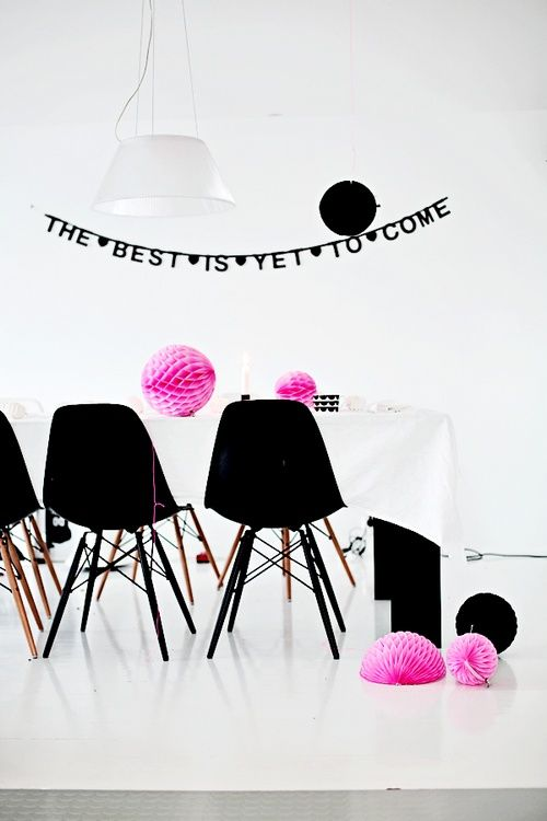 Back on Stock - DIY Wordbanner - Make your own Banner - http://www.buitendelijntjesshop.com/a-27546561/diy-word-banner/diy-word-banner-black-xl/