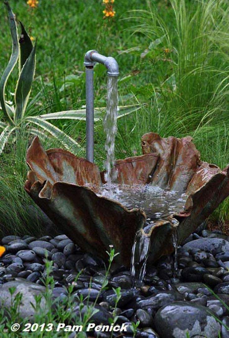 """Pripravili sme si pre vás skvelé nápady na """"urob si sám"""" fontánky do záhrady. Ak ste nad niečim podobným rozmýšlali, určite tu nájdete potrebnú inšpiráciu."""