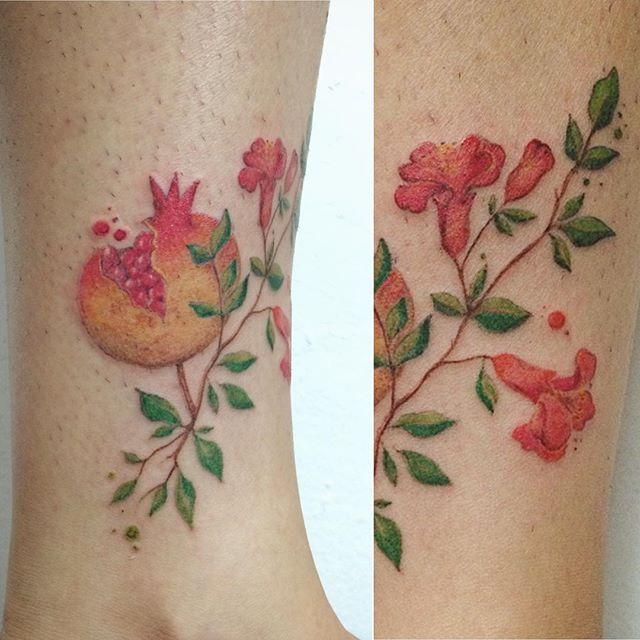 938 best images about flowers floral tattoos on pinterest half sleeves ink and blackwork. Black Bedroom Furniture Sets. Home Design Ideas