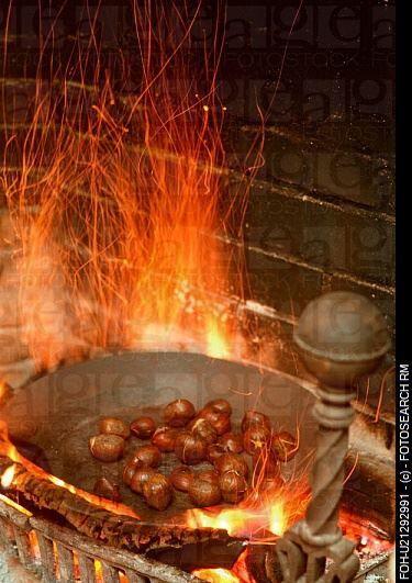 Châtaignes grillées à la cheminée avec une noisette de beurre ! Miam !