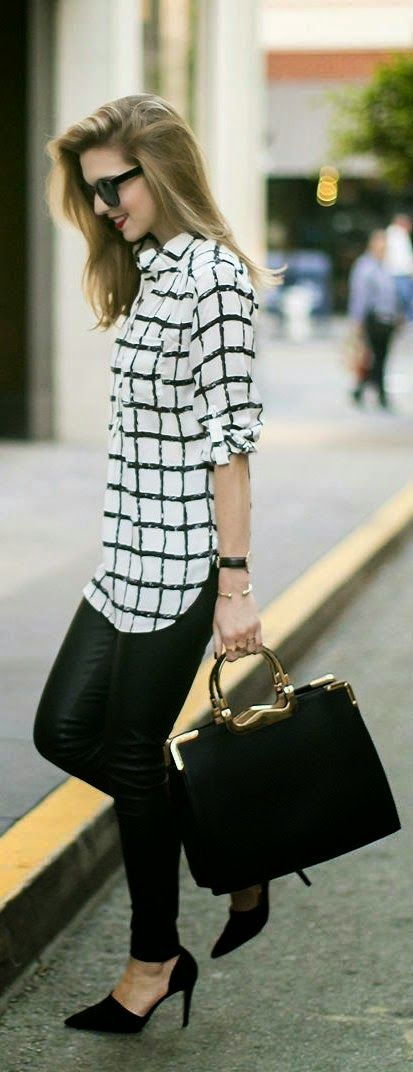 Street Fashion Inspiration With Hand Bag