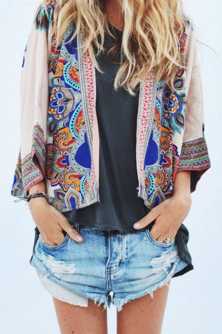 alameda kimono ... pretty, colorful, different. But would I wear it (enough)?