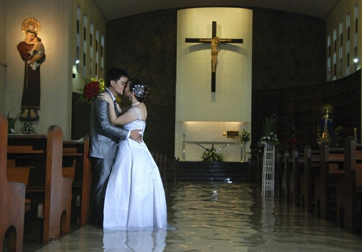 Couple Gets Married In Flooded Church