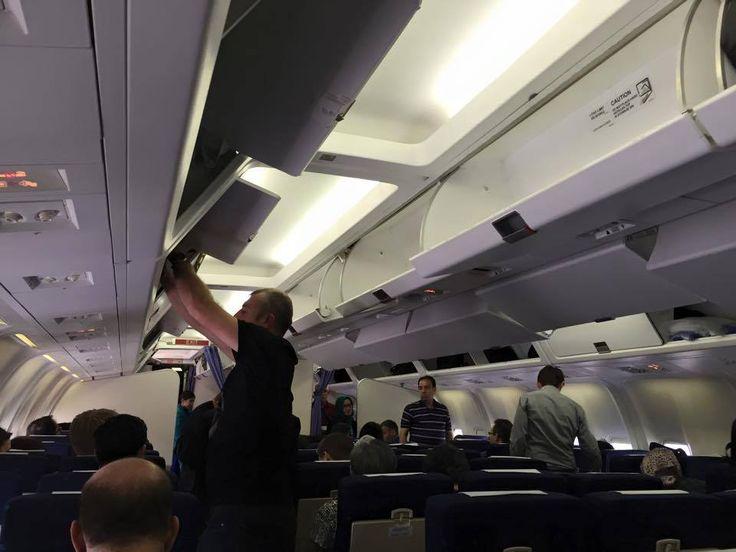 Satu pesawat dicharter sama Oriflame khusus untuk membawa para Executive Director dari Bangkok menuju Cambodia. Negara kedua dalam tujuan Executive Conference 2015.
