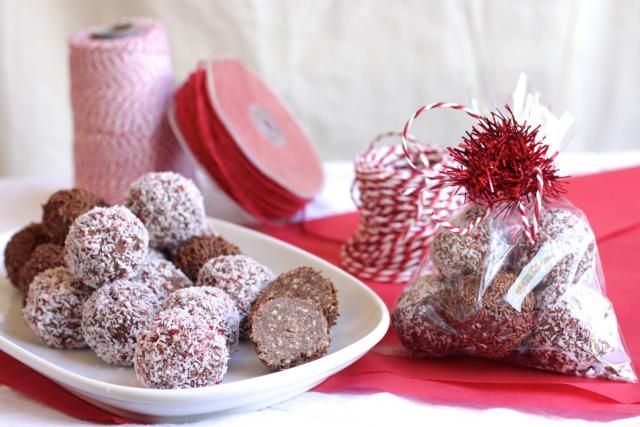 Cherries are the flavour of an Aussie summer, and it's hard to go past a Cherry Ripe bar. These sweet little Cherry Ripe balls are a burst of cherry and chocolate flavour in a bite-sized mouthful. Bag them up and gift them to your sweet-loving friends this Christmas.