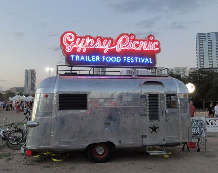 gypsy picnic - an annual gathering of some of the best food trucks in town all in one place. yummm