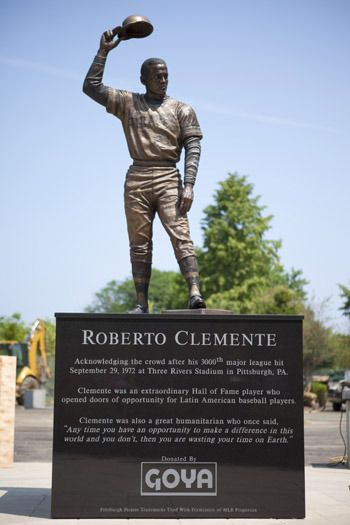 Statue Honoring Goya, I Mean Roberto Clemente Unveiled In the Bronx