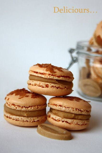 Deliciours...: Macarons au chocolat blond Dulcey