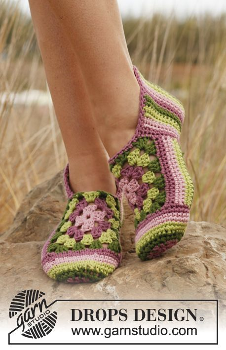 Crochet DROPS slippers with stripes and granny squares.. Awesome crochet patterns at Drops