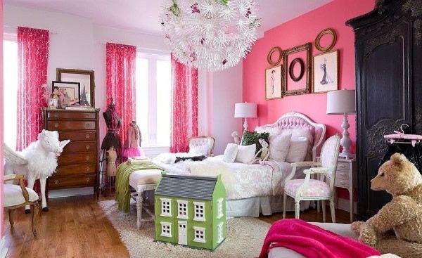 hinreißende Mädchen-Schlafzimmer mit rosa Akzent Wand