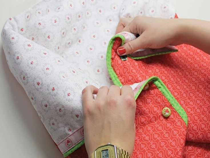 DIY tutorial: Sew An Expandable Baby Sleeping Bag via DaWanda.com