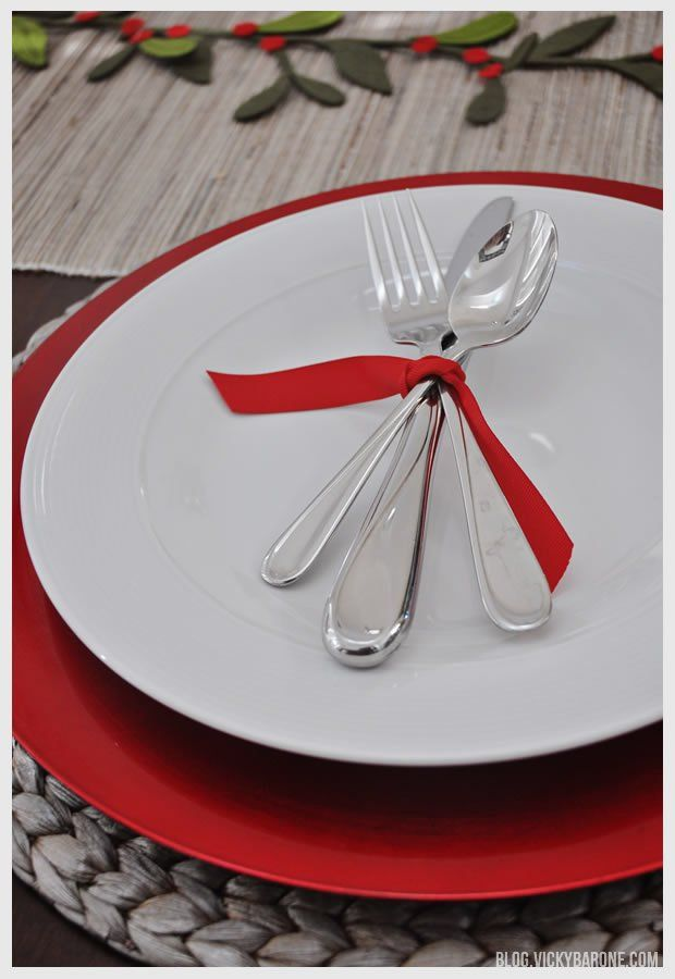 34 best christmas time images on pinterest christmas Simple table setting for lunch