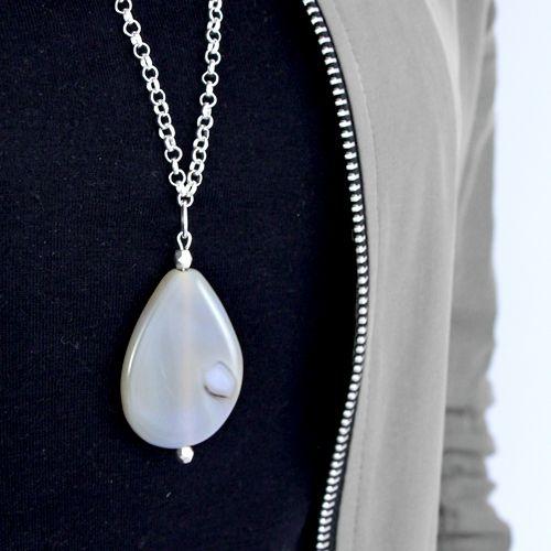 Prachtige sieraden met half edelsteen kralen voor een natuurlijke look