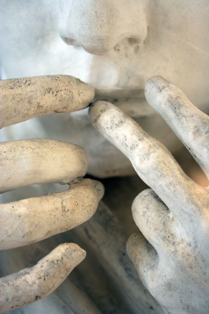 nezartdesign: A sculpture at the Musée Rodin, Paris, France. I love the way Rodin sculpted hands.