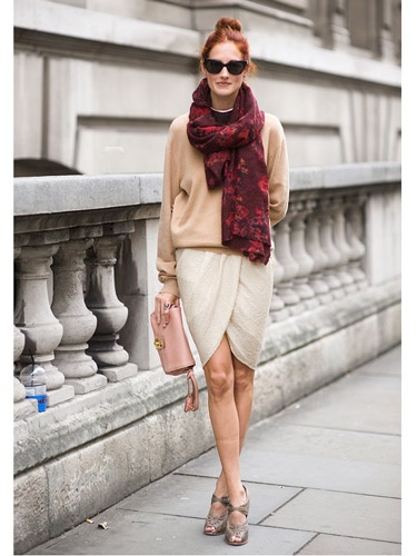 Street Style - Taylor Tomasi-Hill #WrapSkirt