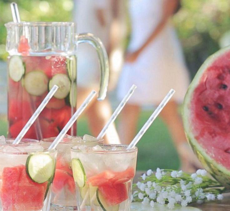 Pepilancia, o Drink do Verão! <3  Pepino + Melancia + Rum + Refrigerante de Limão.