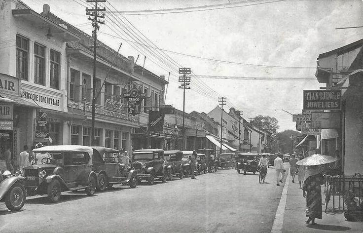 Passer Baroe (Pasar Baru) ~ Jakarta ca 1930