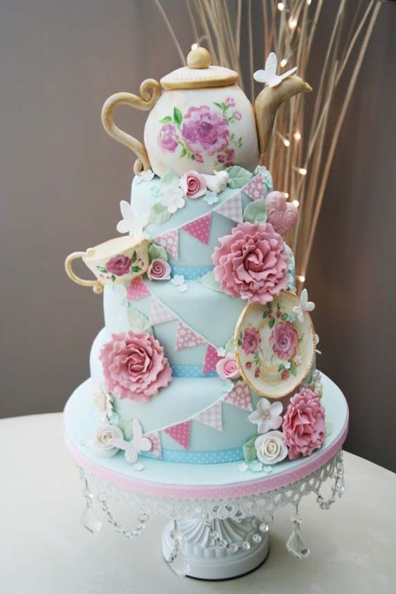 Cute teapot on a pink and blue cake # chaima tawfik