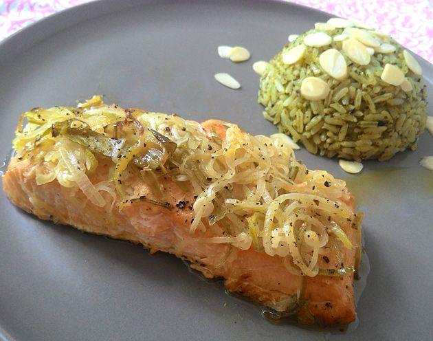 Sou louca por peixes e o salmão é meu queridinho para todas as situações: de um almoço simples até um jantar mais especial — ele sempre faz bonito e é super fácil de preparar, ótima opção par…