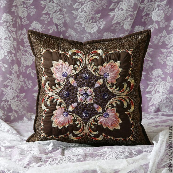 Купить Подушка. - коричневый, подушка, подушка с вышивкой, стеганая подушка, лоскутное шитьё, пэчворк, квилтинг