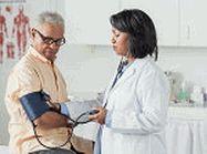 Controle sua pressão arterial  Sofrer hipertenção ou ter a pressão arteria alta aumentam os riscos de sofrer uma doença do coração ou uma doença cardiovascular.