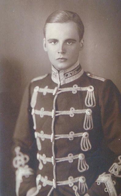 German army uniform (WW1) A soldier in German army uniform from around the period of World War 1 (1914-1918)