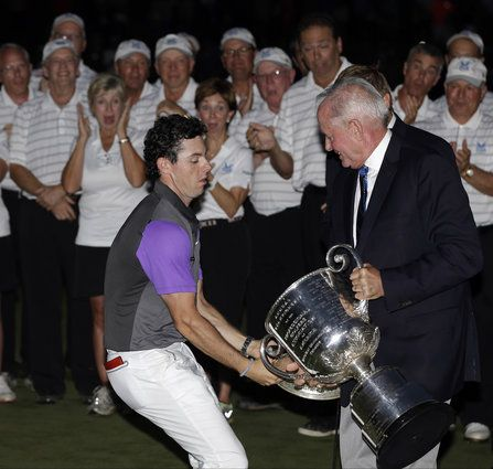 The Week In Funny Pictures ...and if we'd just won the PGA golf championship, we'd probably also struggle with the Wanamaker Trophy.