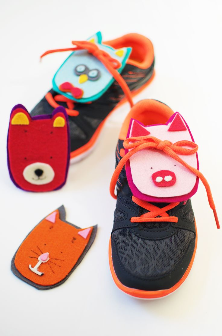 DIY Animal Shoelace. Make these cute felt animals to teach your kids how to tie their shoelaces in a fun way!