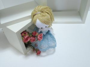 demoiselle de chiffon, poupée cinderella, doll cinderella