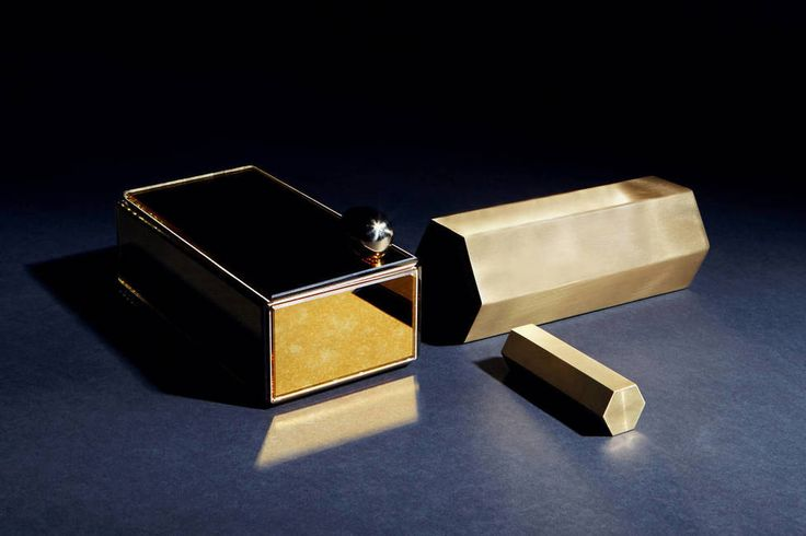CH. 71 - A Fine Gleam: Lustrous Objects in Brass and Glass