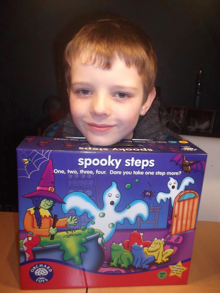 A review of Spooky Steps by Orchard Toys