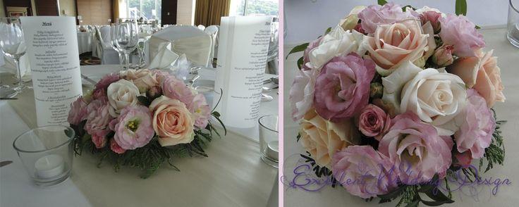 Rózsaszín esküvői dekoráció asztalközép