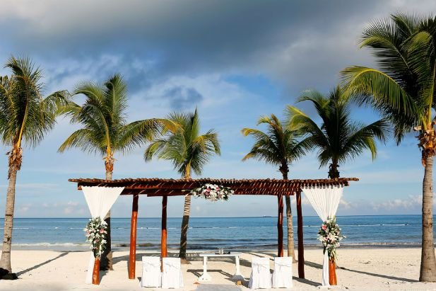 Real Wedding at the Secrets Maroma Beach Riviera Cancun (FineArt Studio Photography)