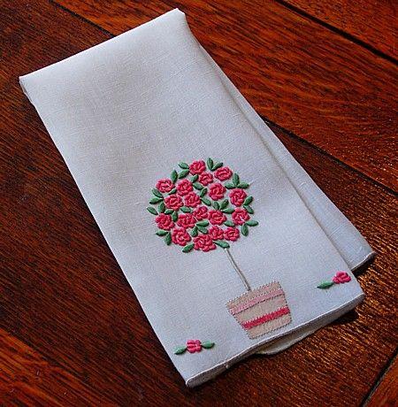 Em's Heart Linens -Vintage Madeira Marghab Embroidered Towel Rose Tree