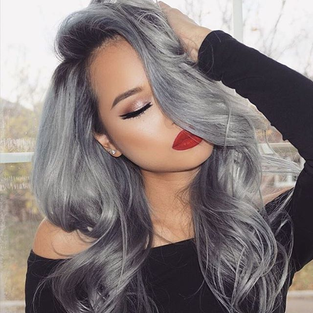 """Oh me, Oh my @angexla rocking custom colored @ssssamanthaa 160g 20"""" #BELLAMISterlingSilver ❄️ use code """"angexla"""" to save at www.bellamihair.com #bellamihair #teambellami"""