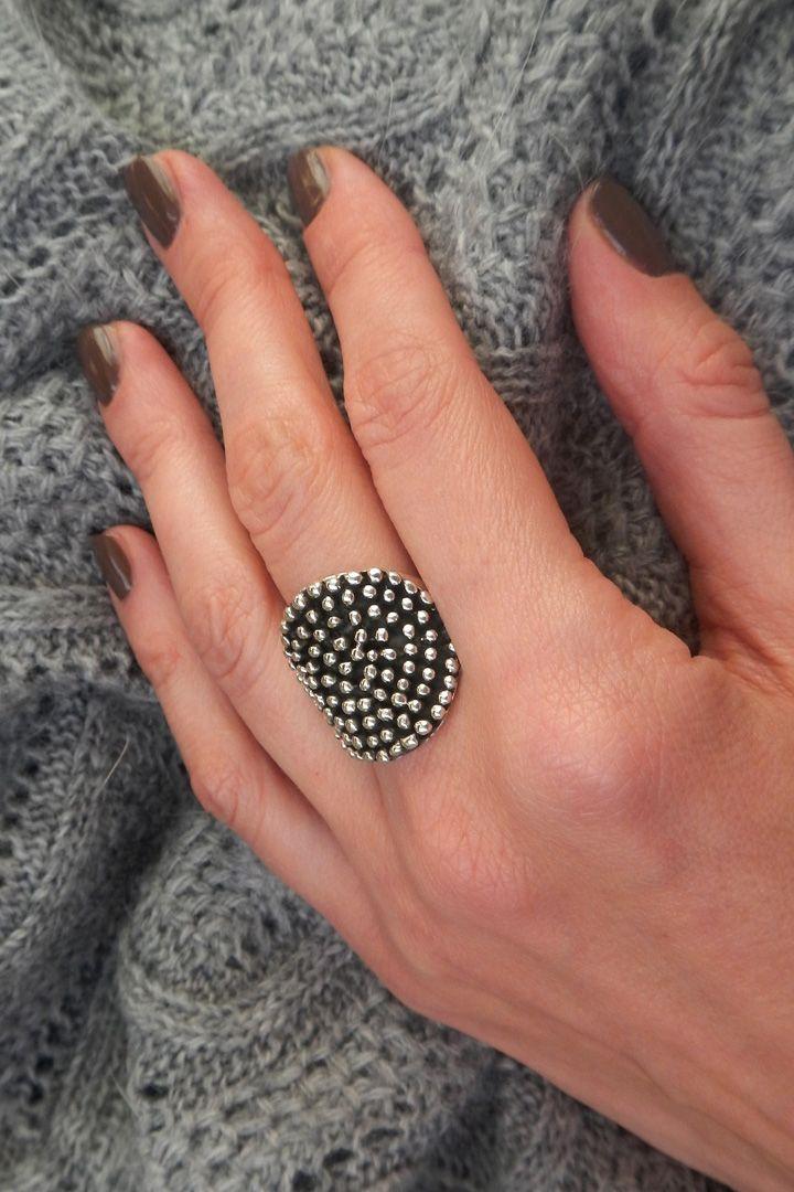 Женские кольца. Купить модные кольца для женщин от известных брендов в интернет магазине Click-Boutique