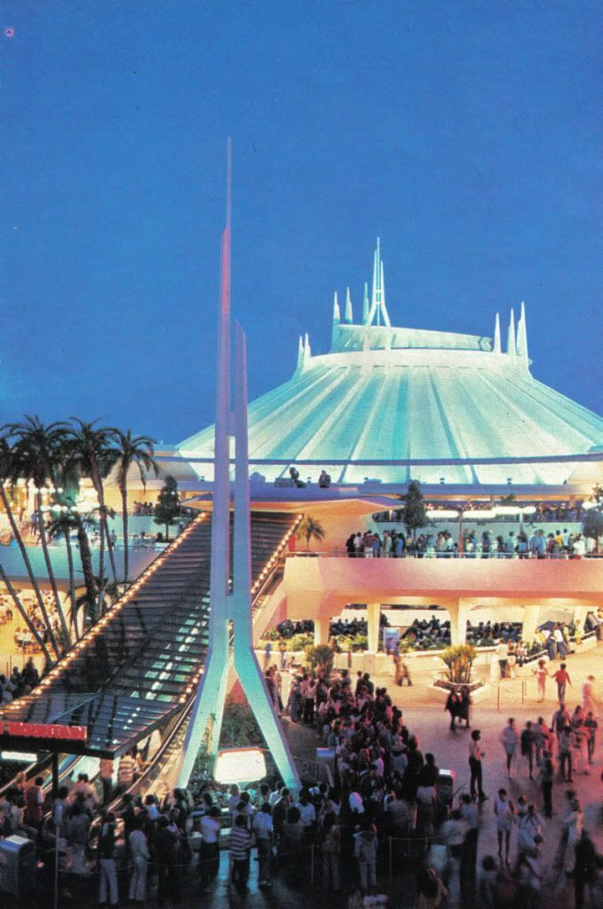 Very crowded view of Space Mountain with the old upramps, and the stage under