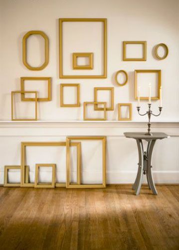 I will be doing this in my Living-room this year...except my frames will be red.