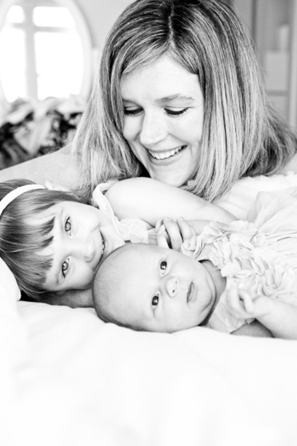 Its kennedy and her baby brother newborn and toddler sister photography by allyson wiley