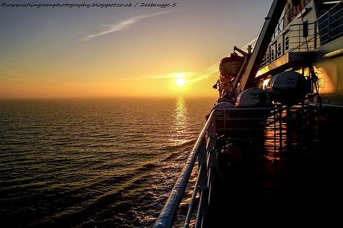 Colin Green Photography: Early Morning Sunrise in Zeebrugge.