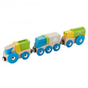 EverEarth - Recycling Train: The EverEarth Wooden Recycling Train consists of 2 wooden detachable wagons. Magnetic connectors allow compatibility with other carriages and engines. All EverEarth train products are compatible with Brio, Big Jigs, Tidlo, Thomas and ELC. #alltotstreasures #EverEarth #recyclingtrain #woodentoys #train #recycling