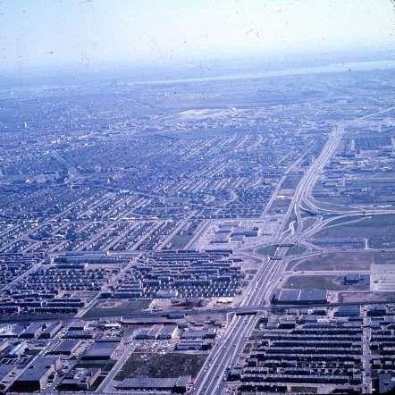 L'autoroute métropolitaine, 1965 - Archives de la Ville de Montréal