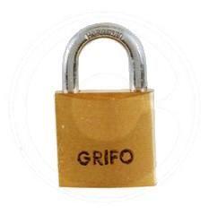 LUCCHETTO OTTONE GRIFO MM. 20 IN BLISTER https://www.chiaradecaria.it/it/lucchetti/10236-lucchetto-ottone-grifo-mm-20-in-blister-8014211373749.html