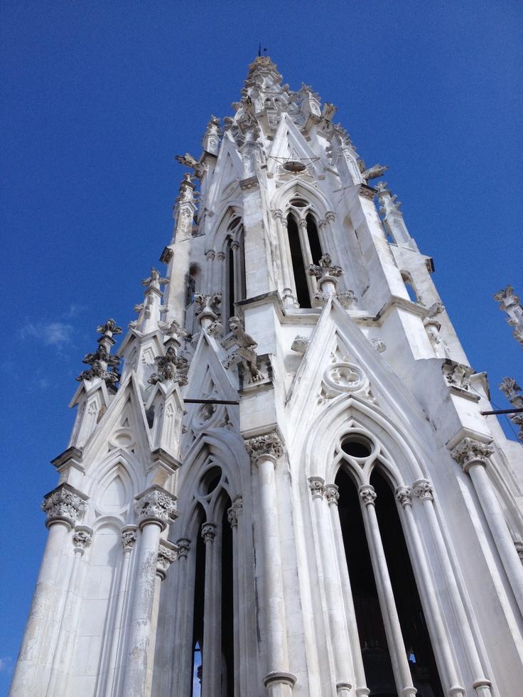 La Iglesia de la calle Reina
