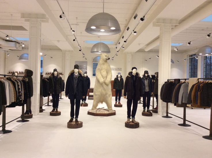 WP & WOOLRICH Milano Showroom