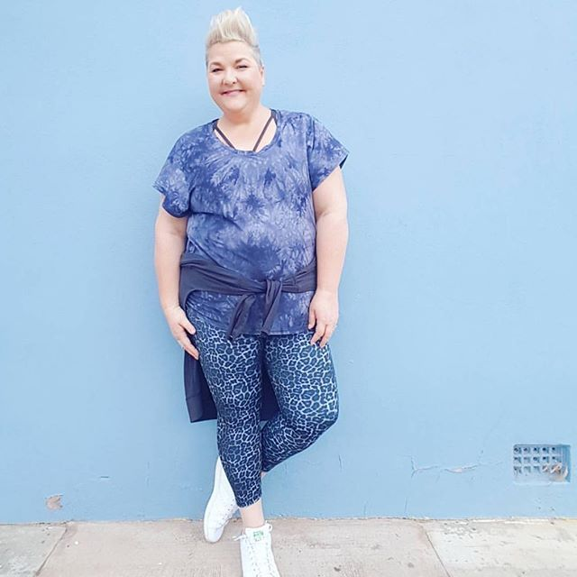 Jenni from @stylingcurvy loves her activewear... and we've got to say she wears it with style 😍 #everydaystyle #activestyle #fitstyle #bloggerstyle #allbodiesaregoodbodies #plussizeactivewear #activewearforeverybody