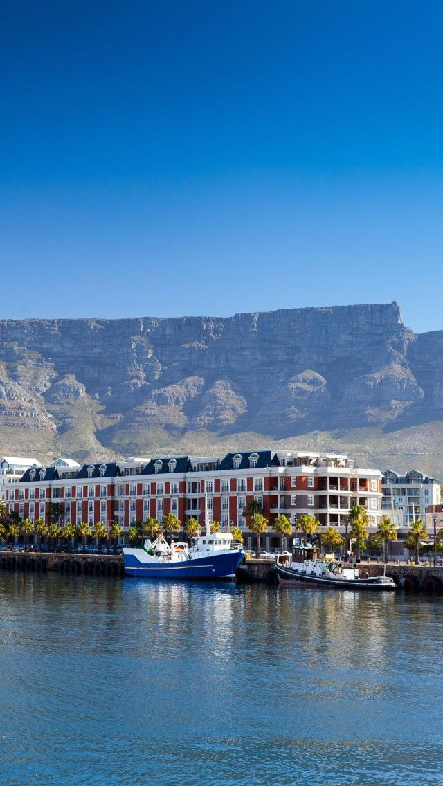 The picturesque Victoria & Alfred Waterfront #CapeTown, #SouthAfrica